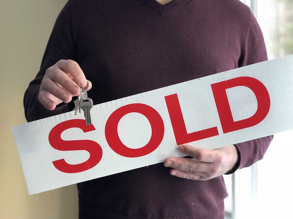 sold-keys-house-YGGBSNP